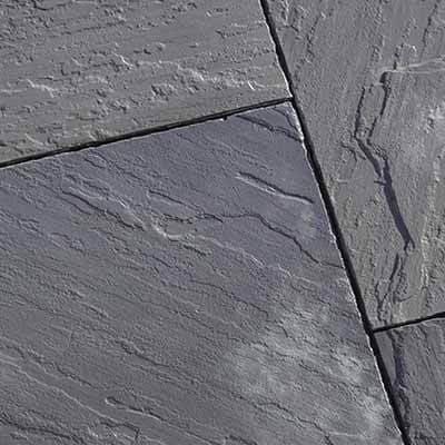 GRABO suction cup lifts concrete pavers