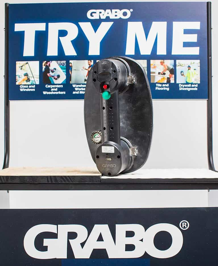Try GRABO suction lifter stand
